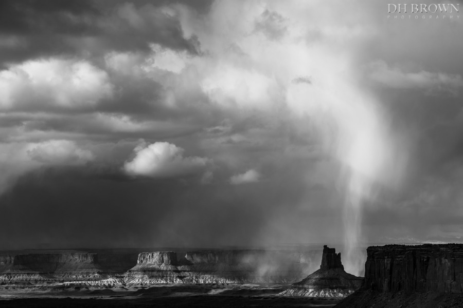 Isolated snowstorm, Canyonlands National Park, Utah.